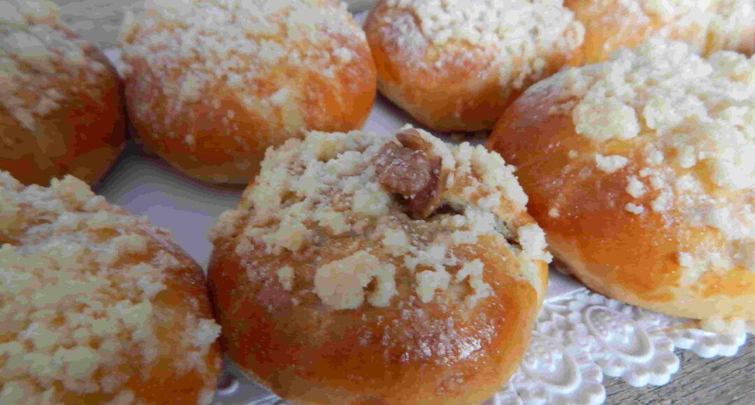 detail ořechového koláčku