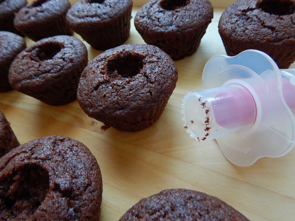 děrkovač na muffiny nebo cupcakes