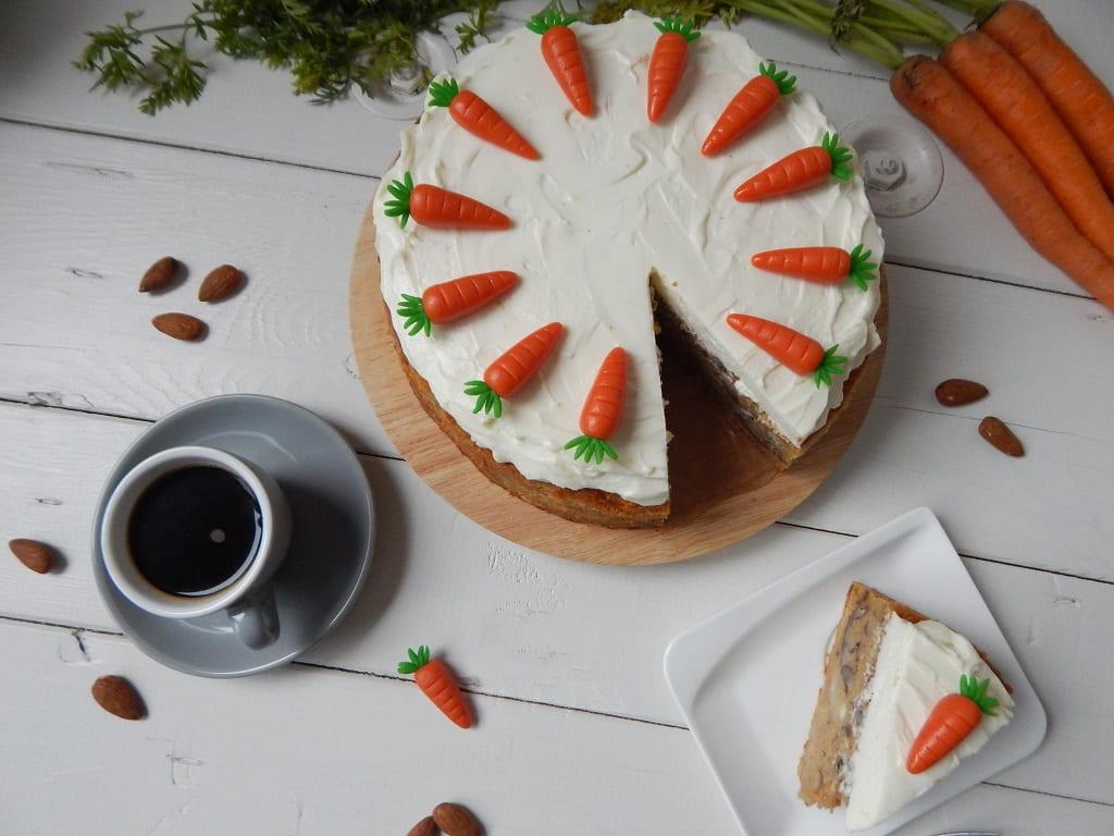 mrkvový dort s kávou
