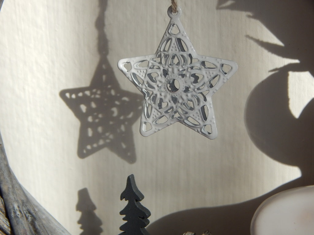 bílá hvězdička