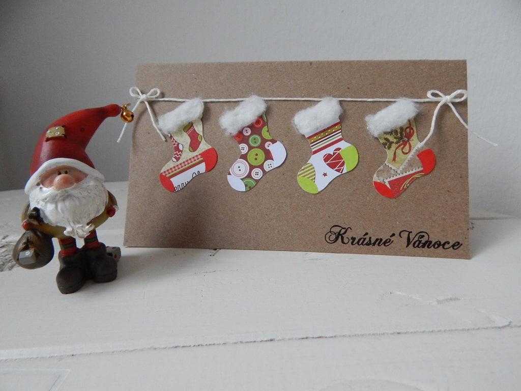vánoční přáníčko a vánční skřítek