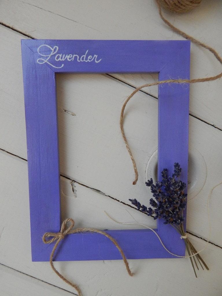 dřevěný fotorámeček s levandulí