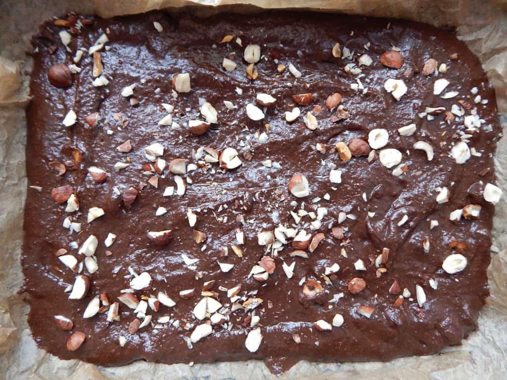 batátové brownies před upečením
