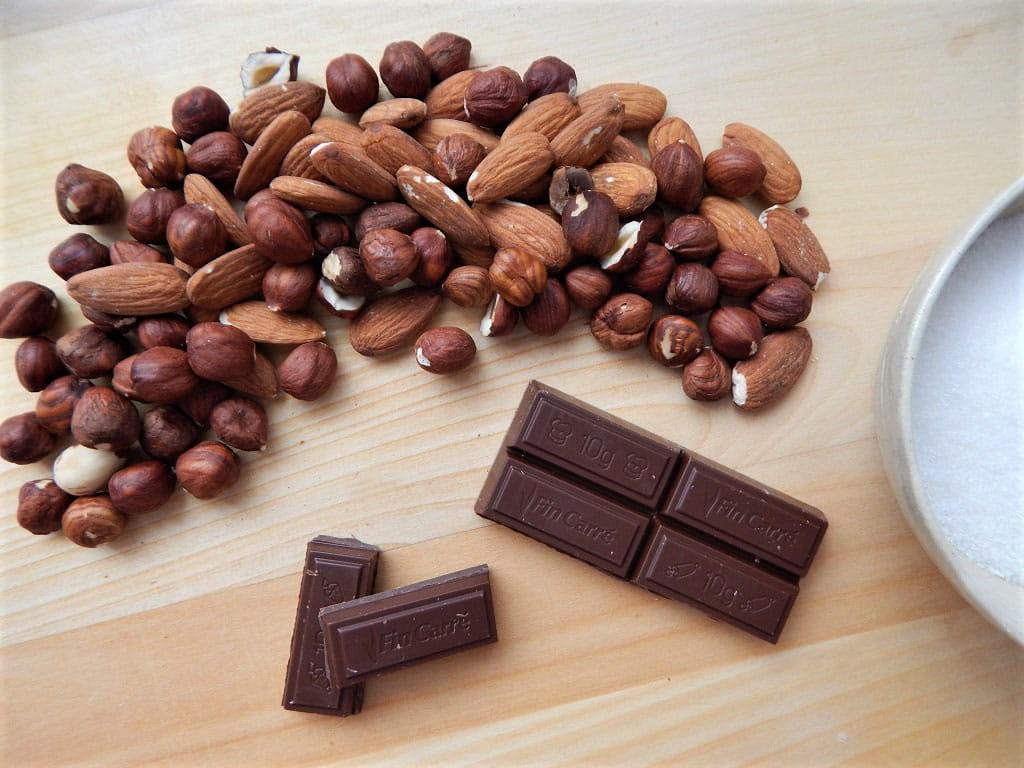 suroviny na přípravu čokoládového nugátu